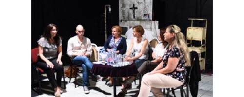 Beszélgetésre adott alkalmat az Oszkár és Rózsa Mami